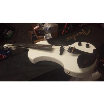 Custom Fender fv-1 Polar White