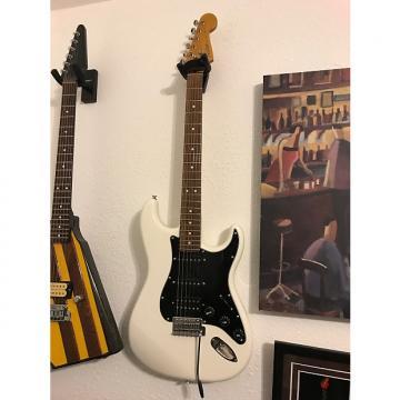 Custom Fender MODERN PLAYER STRATOCASTER® HSS (2011-2014) 2012 White