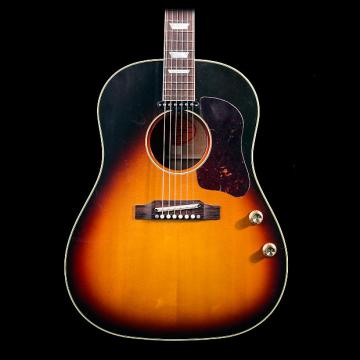 Custom Gibson Limited Edition J160e 1962 Reissue VOS w/ Case - Pre-owned in excellent condition!