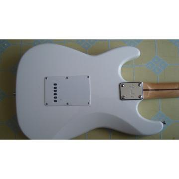 Custom American Fender White Electric Guitar