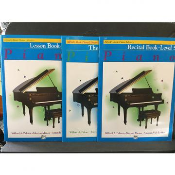 Custom Alfred's Basic Piano. Library Level 5 - Recital