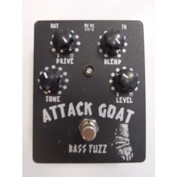Custom Attack Goat Bass Fuzz c Blk