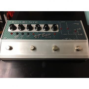 Custom Tech 21 Vt Bass Deluxe