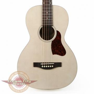 Custom Art & Lutherie Roadhouse Parlor Faded Cream