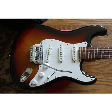 Custom Fender  Contemporary W/Texas Specials 1986 3 Color Sunburst, Zebra Fender Case