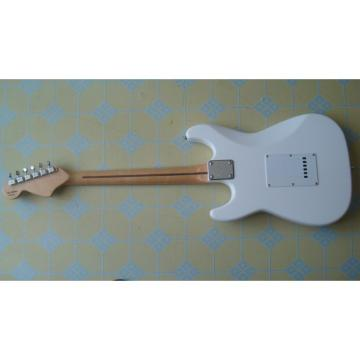 Custom Shop White Fender Stratocaster Guitar