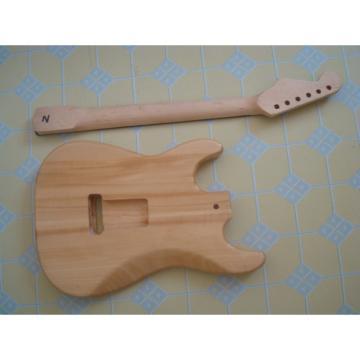 Custom Strat Fender Unfinished Guitar Kit
