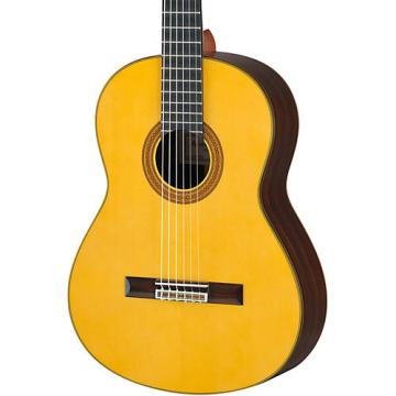 Yamaha GC32 Handcrafted Classical Guitar Spruce