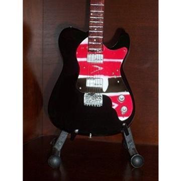 Mini Guitar COLDPLAY CHRIS MARTIN Viva La Vida STATUETTE