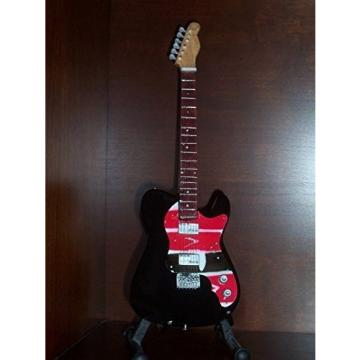 Mini Guitar COLDPLAY CHRIS MARTIN Viva La Vida STATUETTE